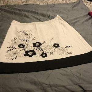 Ann Taylor skirt with pattern